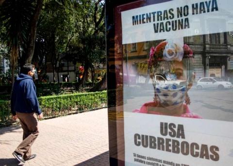 Pandemia fuera de control en México; politizan entrega de vacunas
